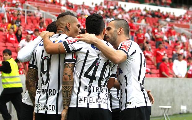 Comemoração do Corinthians contra o Internacional (Foto: Itamar Aguiar / Agência estado)