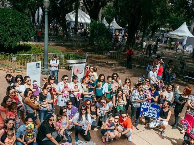 Grupo Gestar promove 'mamaço', evento que ressalta a importância do aleitamento materno (Foto: Jessica Nery/Reprodução)