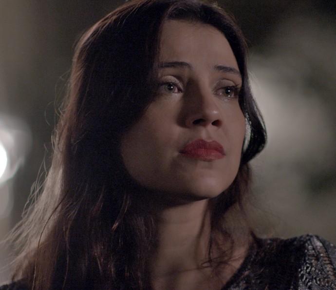 Anita sofre por causa de Afonso (Foto: TV Globo)