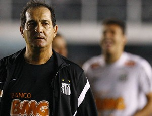 Muricy Ramalho, técnico do Santos, contra a Ponte Preta (Foto: Divulgação / Santos FC)