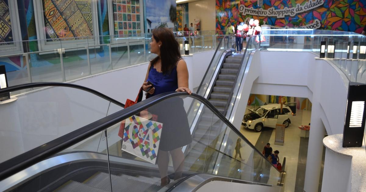 6d64da155 G1 - Primeiro shopping center de Roraima é aberto ao público após  inauguração - notícias em Roraima