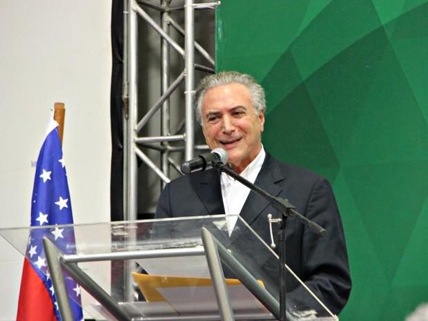 Em Manaus, Temer comentou possível candidatura do PMDB em 2018 (Foto: Adneison Severiano/G1 AM)