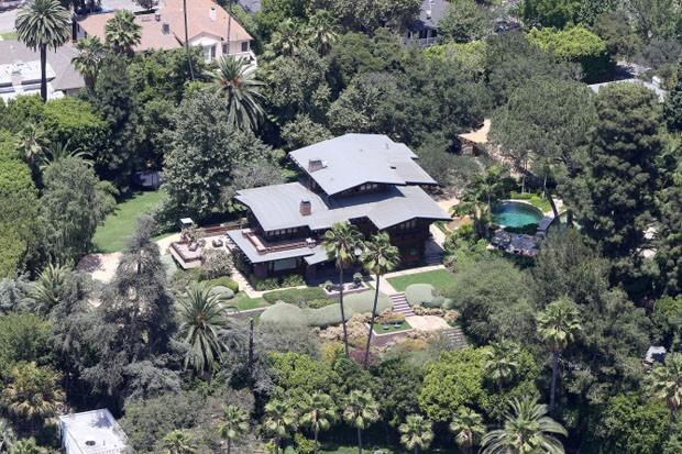 Casas Angelina Jolie e Brad Pitt (Foto: Reprodução)