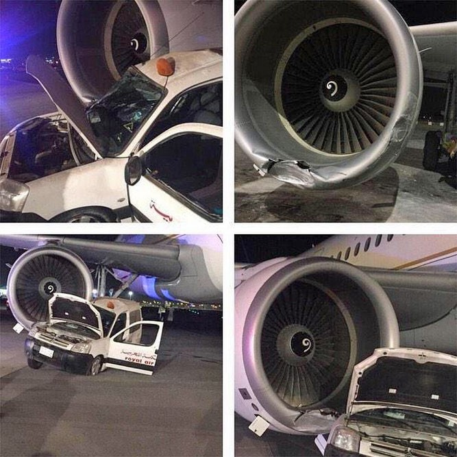 Avião teve a turbina danificada e carro ficou praticamente destruído, mas o motorista teve apenas ferimentos leves (Foto: Reprodução/Twitter/aleqtisadiah)