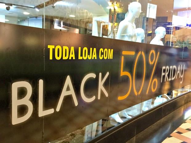 Lojas aderiram à campanha Black Friday em Manaus (Foto: Muniz Neto/G1 AM)
