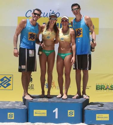 Campeões etapa niterói vôlei de praia circuito brasileiro (Foto: Matheus Vidal/CBV)