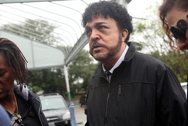Luiz Ayrão no velório de Mário Sérgio (Foto: Iwi Onodera / EGO)
