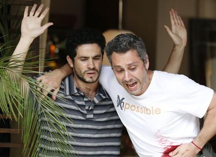 Romero fica baleado, salva reféns de assalto e vira herói do povo
