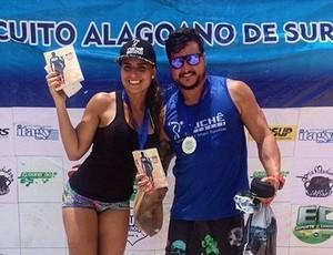 Casal sergipano fatura Campeonato Alagoano de Stand-Up Paddle (Foto: Reprodução/Facebook)
