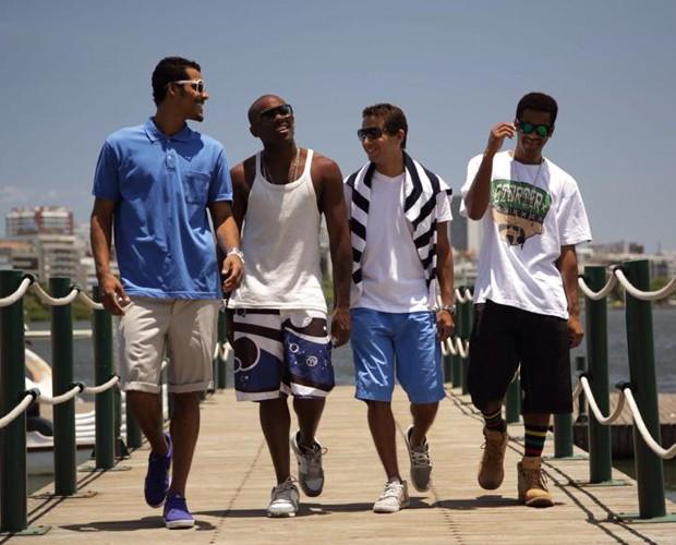 Marcello e amigos posam com jeitão de modelos (Foto: Arquivo pessoal)