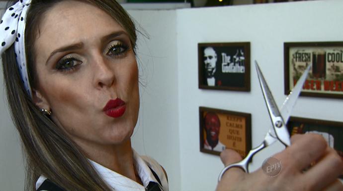 Vivian Doni superou preconceitos para ser barbeira; hoje faz sucesso entre a clientela! (Foto: reprodução EPTV)