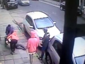 mulher agredida cidade baixa câmera porto alegre rs (Foto: Reprodução)