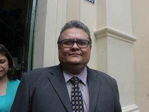 Secretário Municipal de Finanças, Admilson Brasil, durante a solenidade de posse (Foto: Ellyo Teixeira/G1)