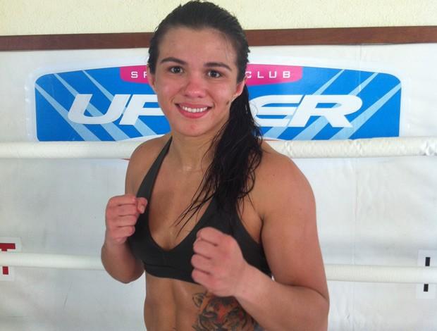 Cláudia Gadelha, lutadora de MMA do Invicta FC (Foto: Ana Hissa/SporTV.com)
