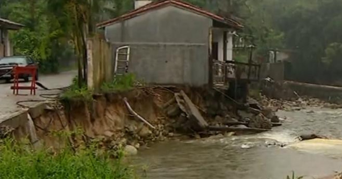 Chuva provoca estragos na costa sul de São Sebastião, SP - Globo.com
