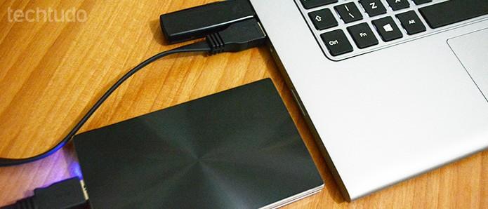 Com uma gaveta para HD 2.5 você pode usar o disco antigo como um HD externo (Foto: Adriano Hamaguchi/TechTudo)
