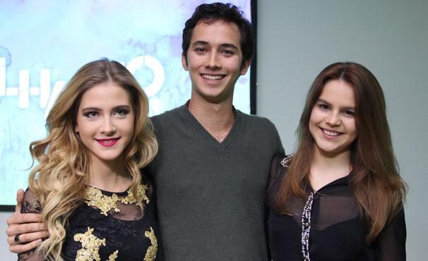 Gabriel Falcão vive triângulo amoroso com Hanna Romanazzi e Bianca Salgueiro (Foto: Amanda Freitas / Globo)