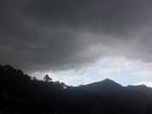 Previsão é de chuva forte e trovadas na Serra do Rio, diz Inmet