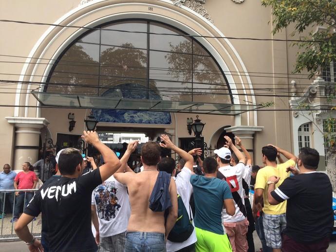 Torcida Vasco protesto São Januário (Foto: Edgard Maciel de Sá)
