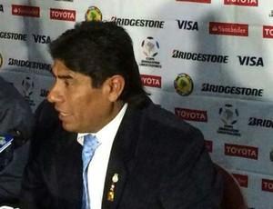 Técnico do Real Garcilaso, Freddy Garcia (Foto: Marco Antônio Astoni)