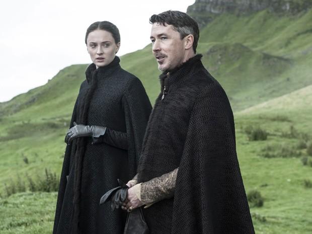 Sansa Stark e Petyr 'Littlefinger' Baelish na quinta temporada de 'Game of thrones' (Foto: Divulgação)