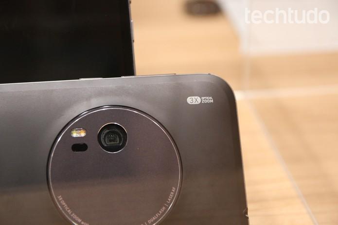 Zenfone Zoom tem preço mais caro do que o Zenfone Selfie (Foto: Fabricio Vitorino/TechTudo)