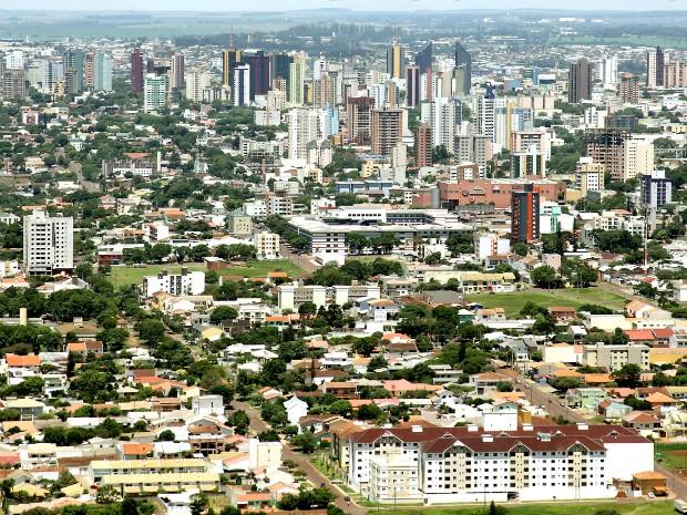 Acordo prevê que comércio de Cascavel deve ficar fechado no sábado (14), dia em que se comemoram os 64 anos do município (Foto: Prefeitura de Cascavel / Divulgação)