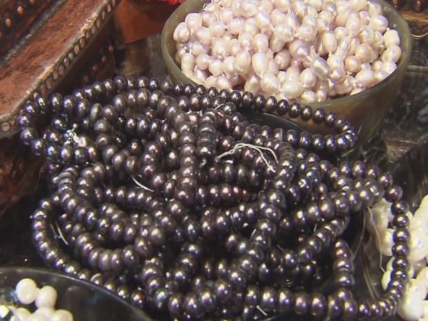 Pérola negra é atração da Feira Art Mundi (Foto: Reprodução / TV Tribuna)