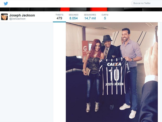 Joe Jackson está internado em unidade hospitalar na Zona Sul de SP. Ele teve AVC isquêmico associado a quadro de arritmia cardíaca. http://www.cantinhojutavares.com
