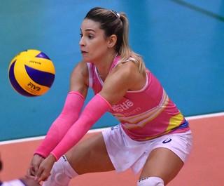 Camila Brasil, líbero, Osasco, Superliga feminina (Foto: João Pires / Fotojump)