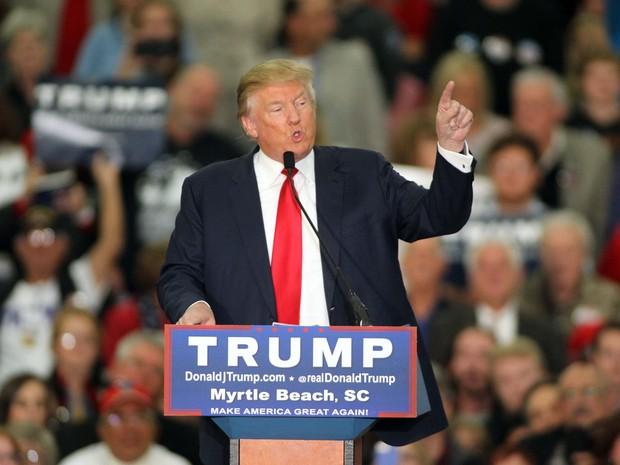 Trump propôs barrar entrada de muçulmanos nos EUA  (Foto: Willis Glassgow/AP)