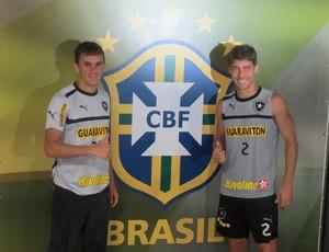 Lucas e Fellype Gabriel botafogo (Foto: Thales Soares/GLOBOESPORTE.COM)