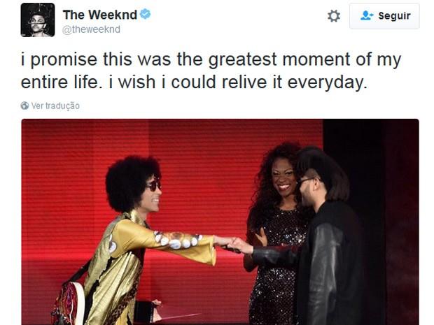 """""""Melhor momento da minha vida"""" , diz cantor sobre momento em que cumprimentou Prince (Foto: Reprodução/Twitter)"""
