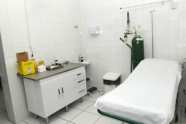 Campinas Agora - Sala de centro de saúde reformado  programa inclui  aquisição de mobiliário e d992aa63238