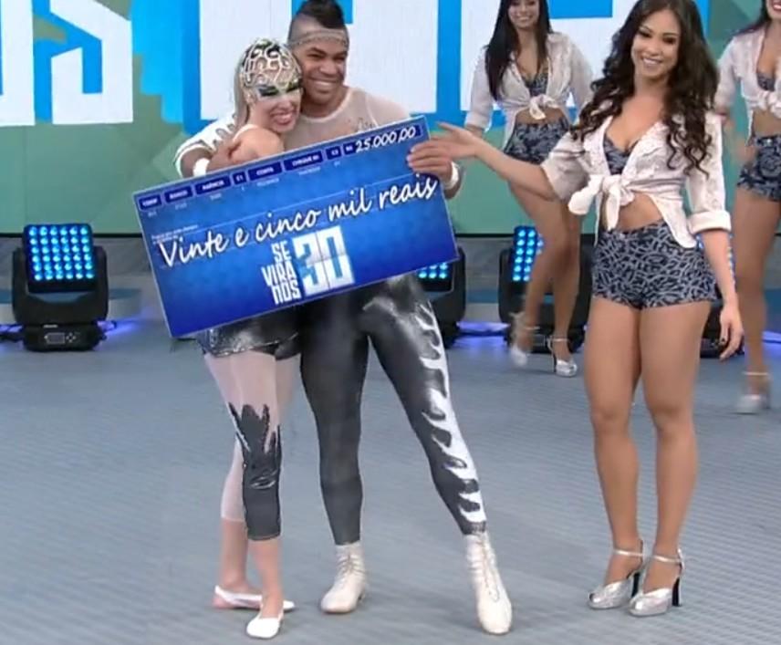 John e Joyce são os vencedores do Se Vira nos 30 deste domingo (Foto: TV Globo)