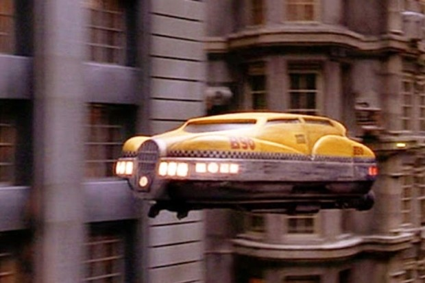 """Os carros de """"O Quinto Elemento"""" (1997) podem estar mais perto de acontecer do que você pensa. Mas de um jeito um pouco diferente (Foto: Reprodução)"""