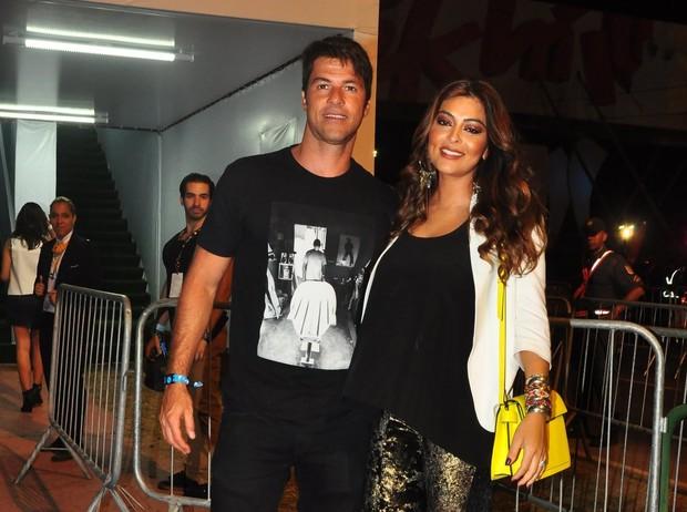 Juliana Paes e marido no Rock in Rio (Foto: Roberto Teixeira / EGO)