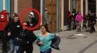 Imagem mostra suspeito após explosões (David Green/AP)