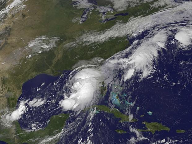 Tempestade tropical Hermine aparece em imagem de satélite sobre o Golfo do México (Foto: NASA/Handout via REUTERS)