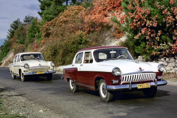 GAZ-24 foi o primeiro modelo a usar o popular nome Volga na URSS (Foto: Divulgação)