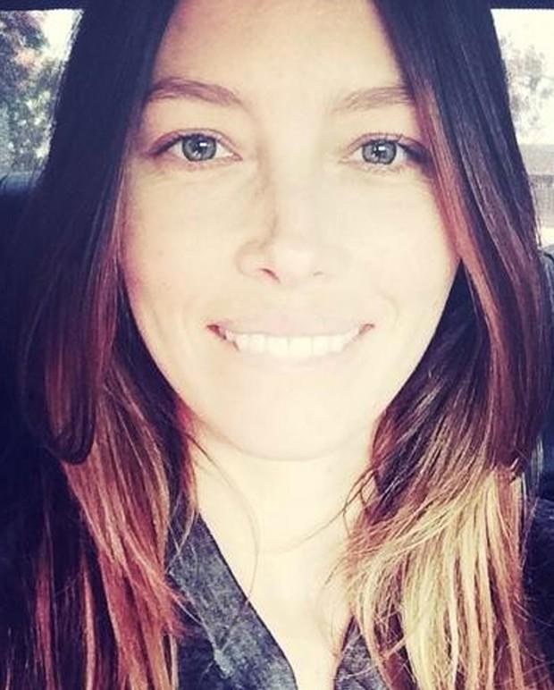 Jessica Biel sem maquiagem (Foto: Reprodução)