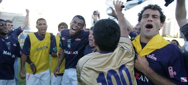 Jogadores do Remo comemoram a conquista da Série C de 2005 (Foto: Carlos Silva)