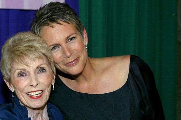 Janet Leigh e Jamie Lee Curtis (Foto: Getty Images)