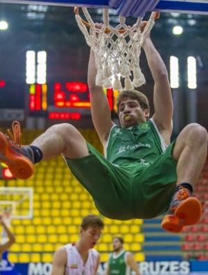 Victor Gusmão foi o destaque do Basquete Cearense na partida (Foto: Neslon Toledo/ LNB)