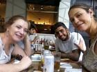 Luana Piovani almoça com a mãe e com o marido no Rio e posta foto