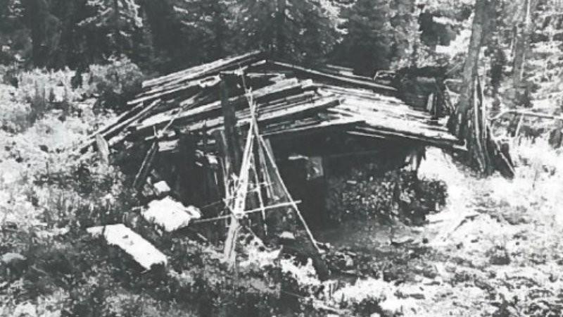 (Foto: A barraca que abrigou a família por mais de 40 anos //Crédito: Reprodução Smithsonian Mag)