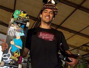 Skatista Kelvin Hoefler, campeão (Foto: Ana Paula Negrão / Divulgação)