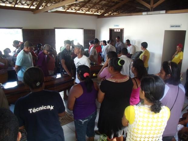 Quatro irmãos morrem a caminho do enterro da mãe no interior da Bahia (Foto: Alan Alves do Santos/Divulgação)