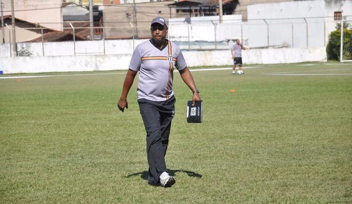 Técnico Roberto Carlos  (Foto: Assessoria/ Social)