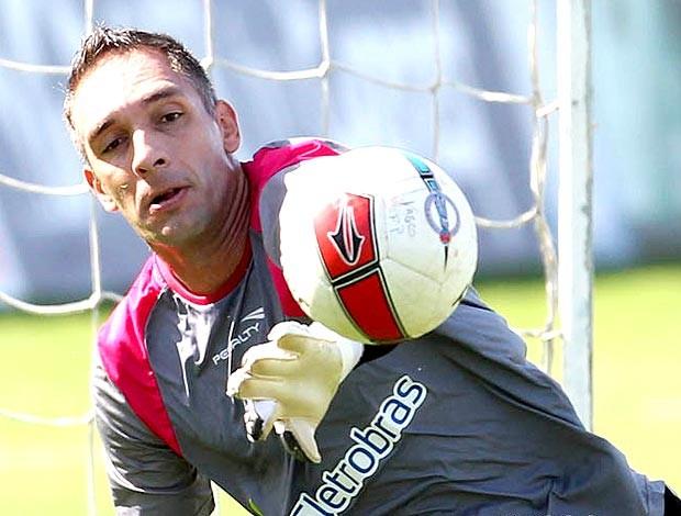 Fernando Prass no treino do Vasco (Foto: Marcelo Sadio / Site Oficial do Vasco da Gama)